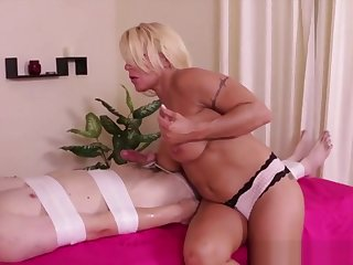Blonde Masseuse Loves With Dominate