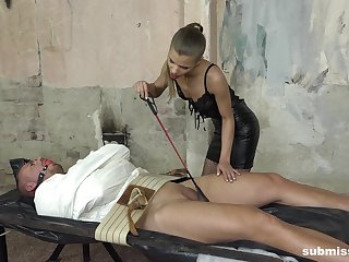 Skinny mistress in lingerie Sarah Kay blows her headed up man's dick