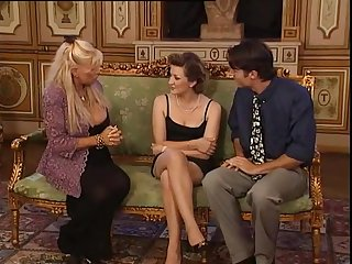 Grande Dame Babette (2000) - Babette Blue