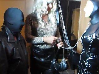Tv Domina Bernadette commands her mouse slut to suck a guest