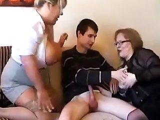 Superannuated fat slutty granny in pantyhoes fucked hard in threesome