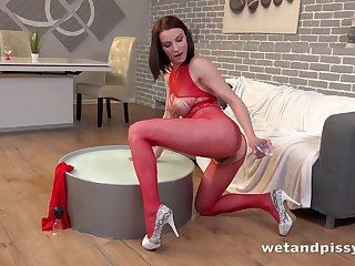 Beauty in red lingerie gets lacking first of all playing up her piss