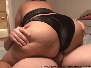 Enormous latin cuckold housewife gets point of view rear endfashion ass plowing plow sextube