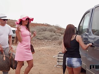 Anal, Ass, Blowjob, Brunette, Car, Couple, Hardcore, Heels, Missionary, Outdoor, Pornstar, Pussy, Reality
