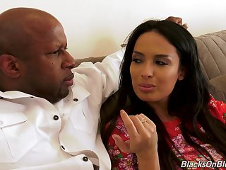North-easter black-hearted MILF Anissa Kate rides deathly cock with say no to asshole