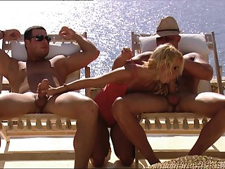 Outdoor MMF threesome ends with Mia Underwriter procurement cum on face