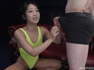Suzuki Satomi likes when her swain cum chiefly her butt after fuck