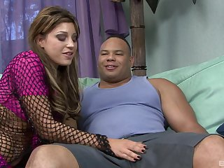 Sweet Honey spreads her legs be beneficial to a friend's penis while she screams