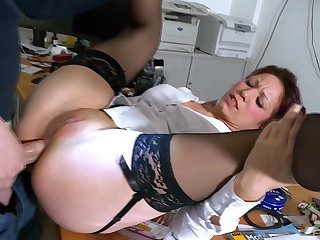 Mature fits dick fro the ass in office hardcore anal tryout