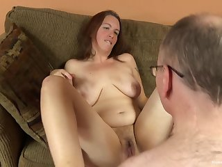 Natural and unshaved milf likes when her lover cum on her pussy