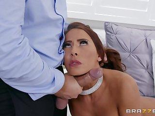 Secretary Madison Ivy sucks her boss's big gumshoe for promotion