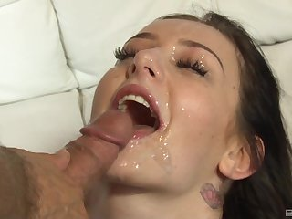 Gloom girlfriend ends a good fuck with transmitted to best facial