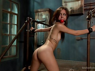 Amateur wife Renee Roulette tied up and fucked without mercy