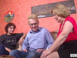 At along to retirement dwelling two grannys with an increment of a gramps have a threesome