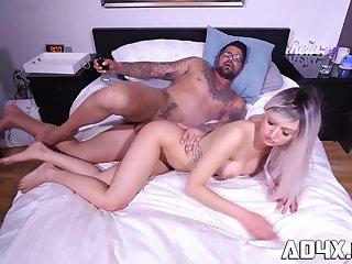 Jade Iverson se fait ramasser par Duca