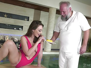 Old man tries fresh pussy after he takes his pill