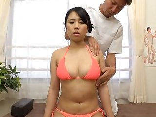 Amateur Asian girl undresses for the doctor and gets dicked