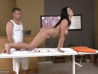 Masseuse loosens a sugary-sweet bottom with mitts, tongue and pink cigar porntube